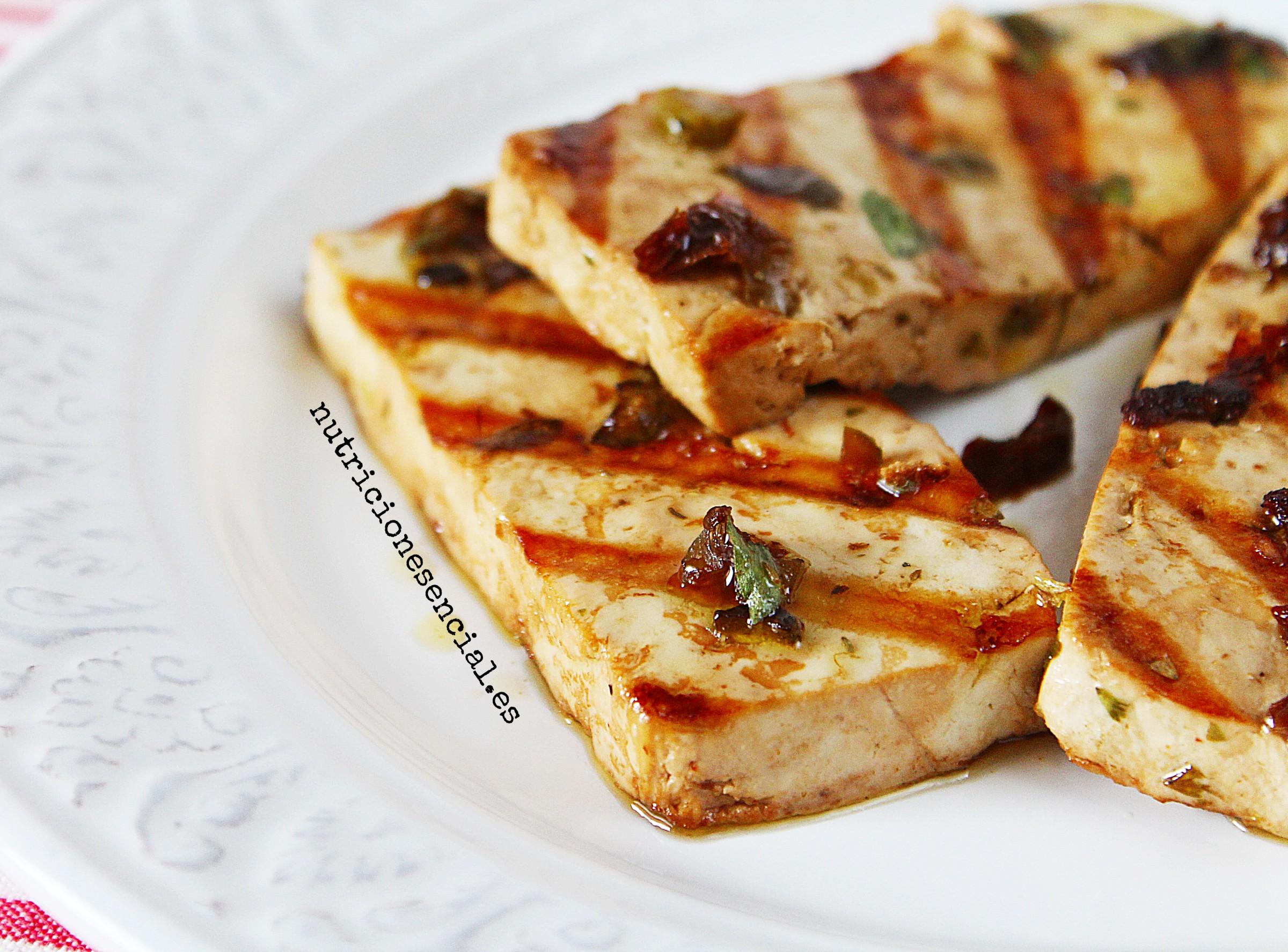 Tofu a la parrilla para sorprender | nutricionesencial.es