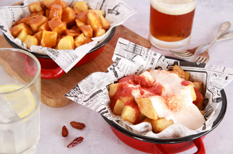Patatas con salsa brava auténtica